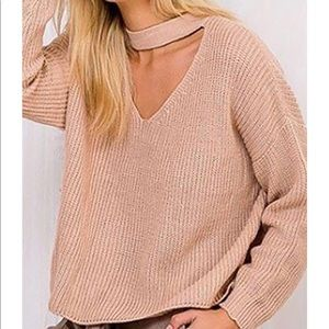 Forever 21 cut out v neck sweater. Tan. Small